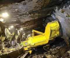 Работа на шахте Сибиргинская приостановлена изза пожарных газов