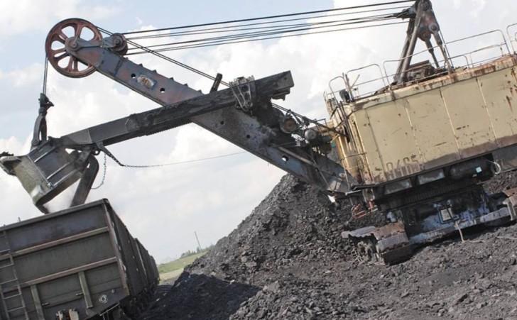 При взрыве на шахте Суходольская-Восточная в Украине погибли 16 горняков