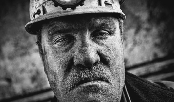 Шахтер рассказал о причинах взрыва на шахте Суходольская-Восточная