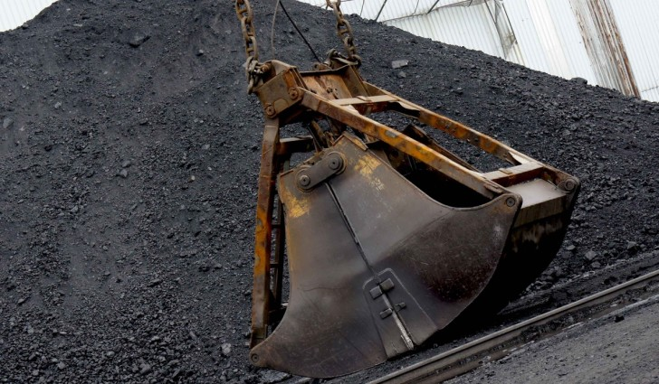 Землетресение остановило работу шахт