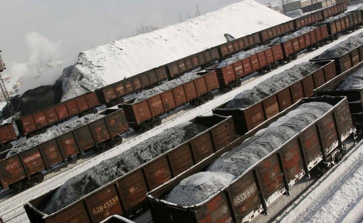 144 человека эвакуировано из шахты Углегорская