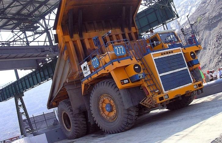 1 млн тонн добыл разрез Сибиргинский с начала 2012 года