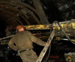 Кузбасские горняки испытывают вентиляционную установку
