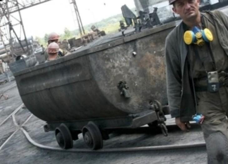 Авария на подстанции парализовала работу шахт