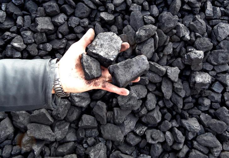 В Грузии под землей бастуют шахтеры