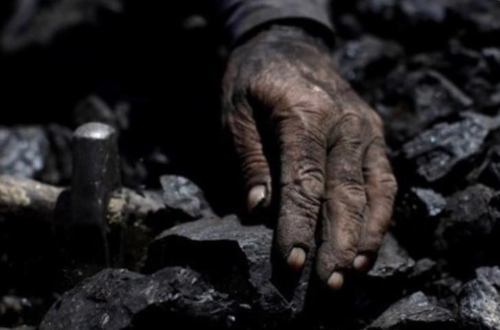В результате аварии на китайской шахте погибли 3 горняка