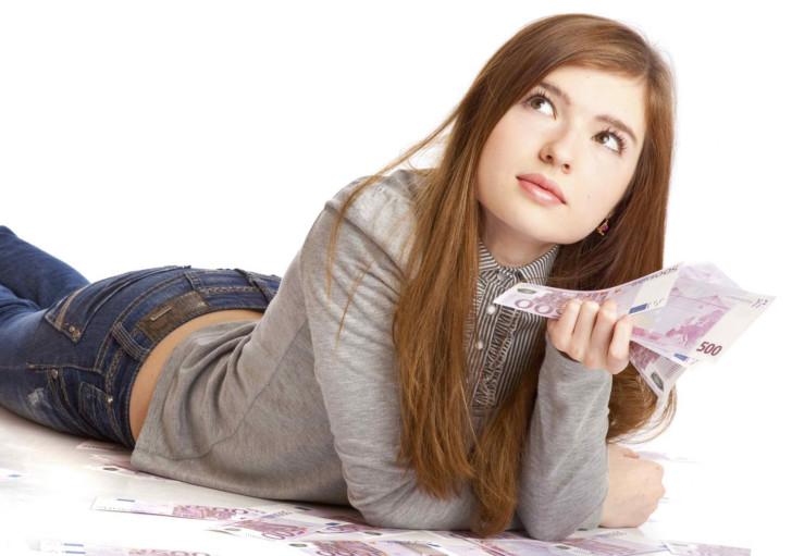 Как и где взять кредит наличными 18-ти летнему заемщику