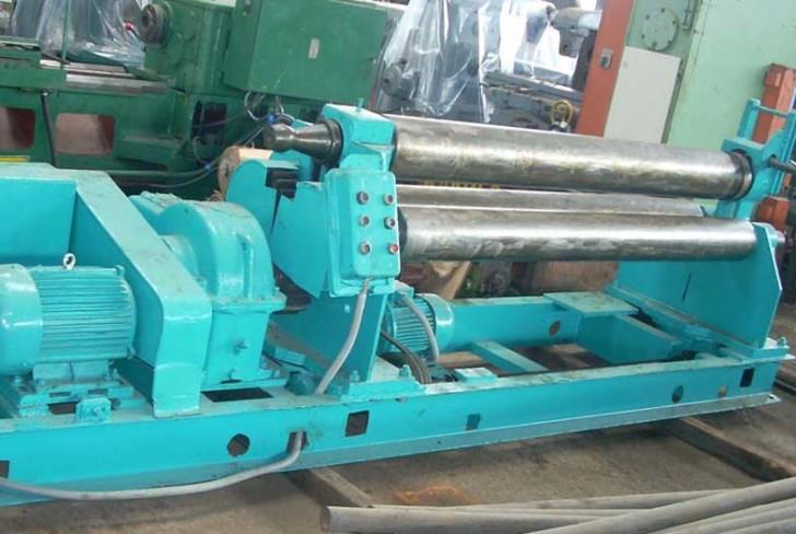 Вальцы 3-валковые И2220, И2222 – незаменимое оборудование для гибки листа