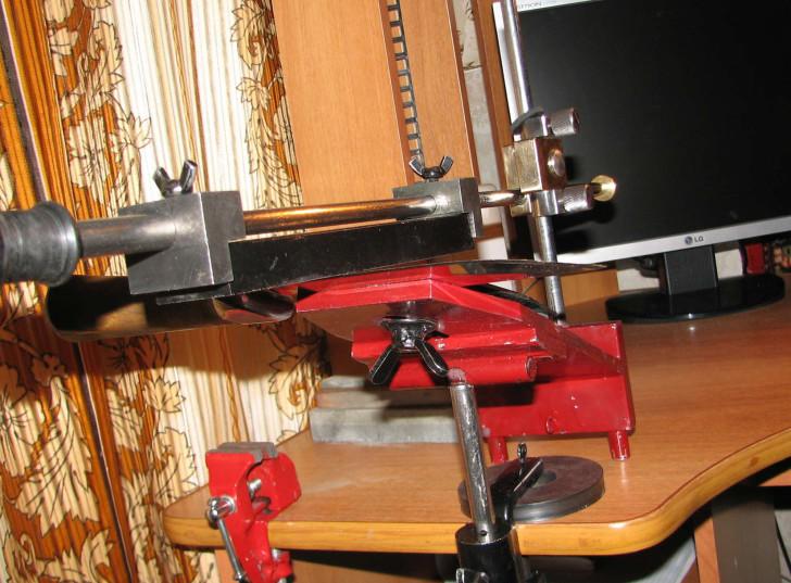 Как сделать самодельный станок для заточки ножей для рубанка?