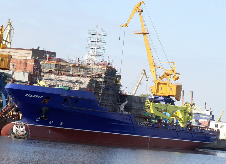 Начало испытаний судна Эльбрус проекта 23120