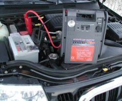 Виды пускозарядных устройств для автомобильных аккумуляторов