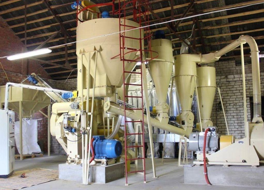 Производитель оборудования для выпуска топлива в брикетах и пеллетах