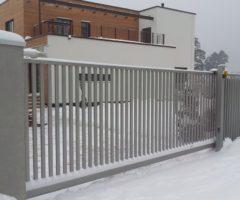 Эксплуатация откатных ворот зимой