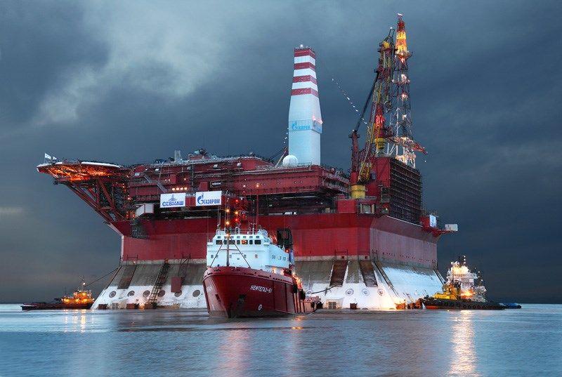 Нефтедобывающая платформа Приразломная